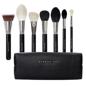 THE FLAWLESS BASE BRUSH SET
