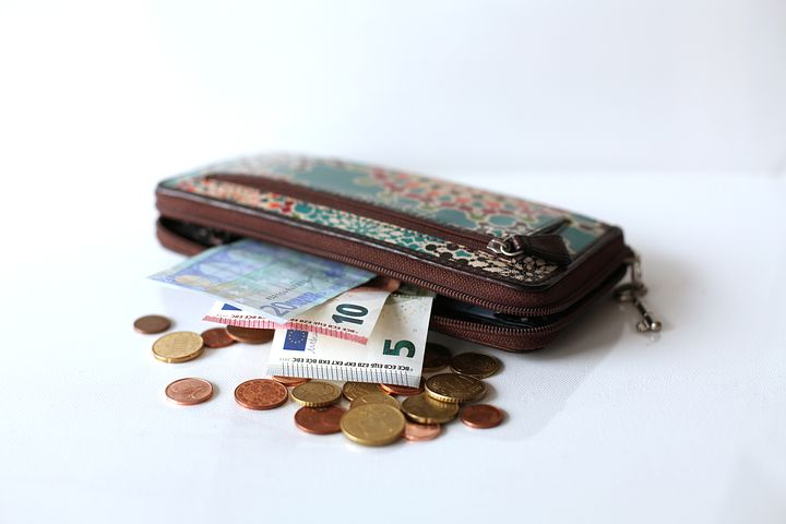Organise Your Money With Fashionable Wallets