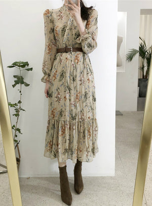 Elegant V-neck Floral Printed Flare Sleeve Dress
