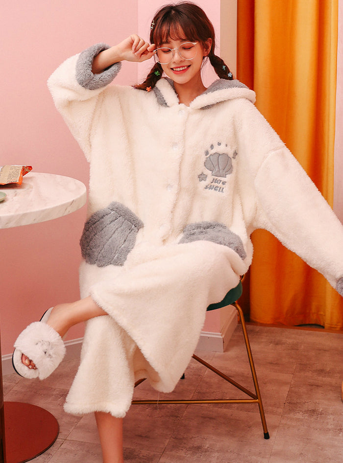 White Shell Velvet Coral Fleece Pajamas Women's Nightgown