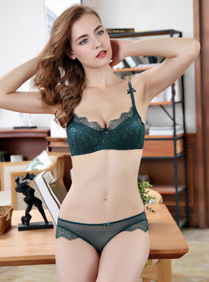 Women Ladies Sexy Lace Gathered Bra Set