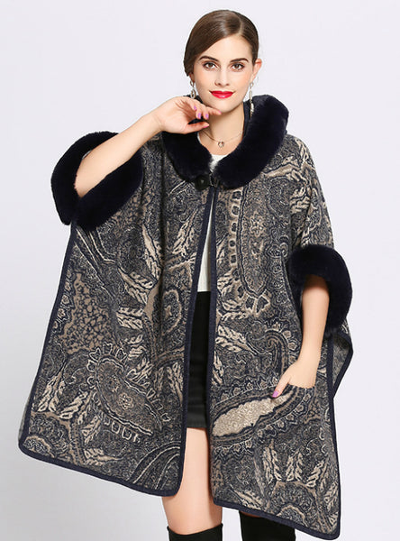 Woman Loose Hooded Knitted Cardigan Shawl Cape