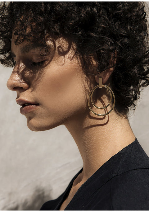 The Delphine Double Hoop