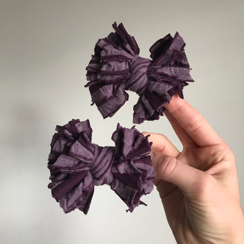 "Elderberry Scrappies (set of two, 3"" clip in bows)"
