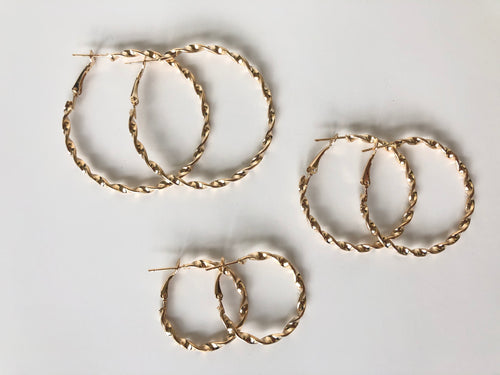 Assorted Hoop Earrings Set