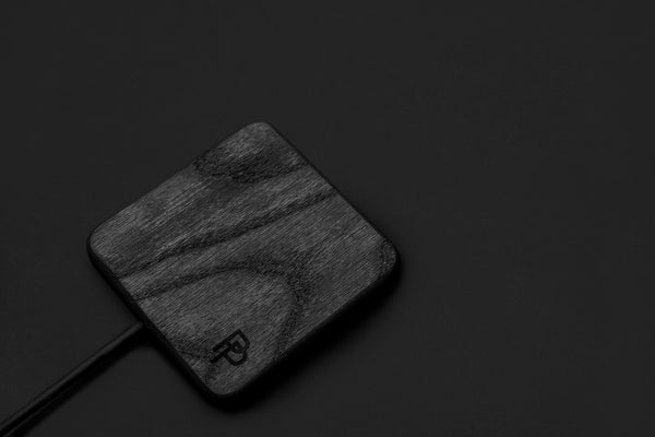 WOCH - Wooden Wireless Charger Black Edition