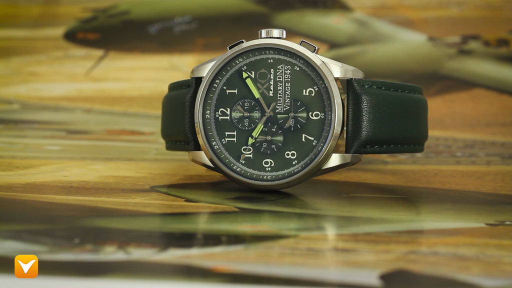 XO Retro  Certified 1943 P-38 Lightning Plane DNA Green Dial Green Strap