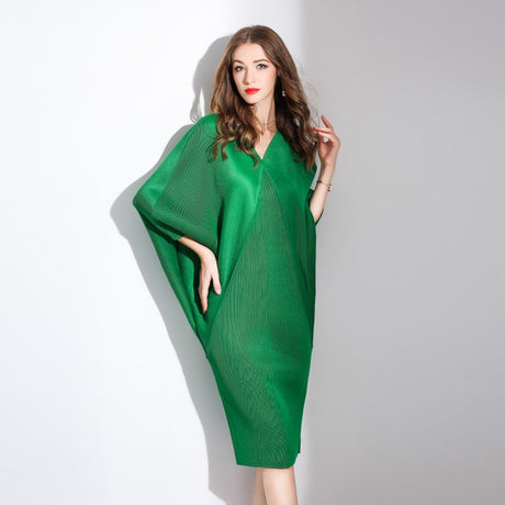 S&D co. Women Green Pleated Midi Dress Plus Size with Batwing Sleeve