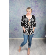 Embroidered Flower Blouse Tops Bohemian Inspire S/M Black and White