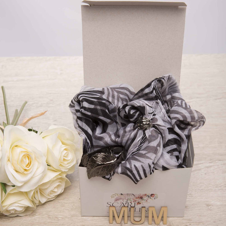 Boxed scarf with ring and bracelet set