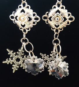 Snowflake Earrings ~ Christmas Jewelry ~ Winter Wedding
