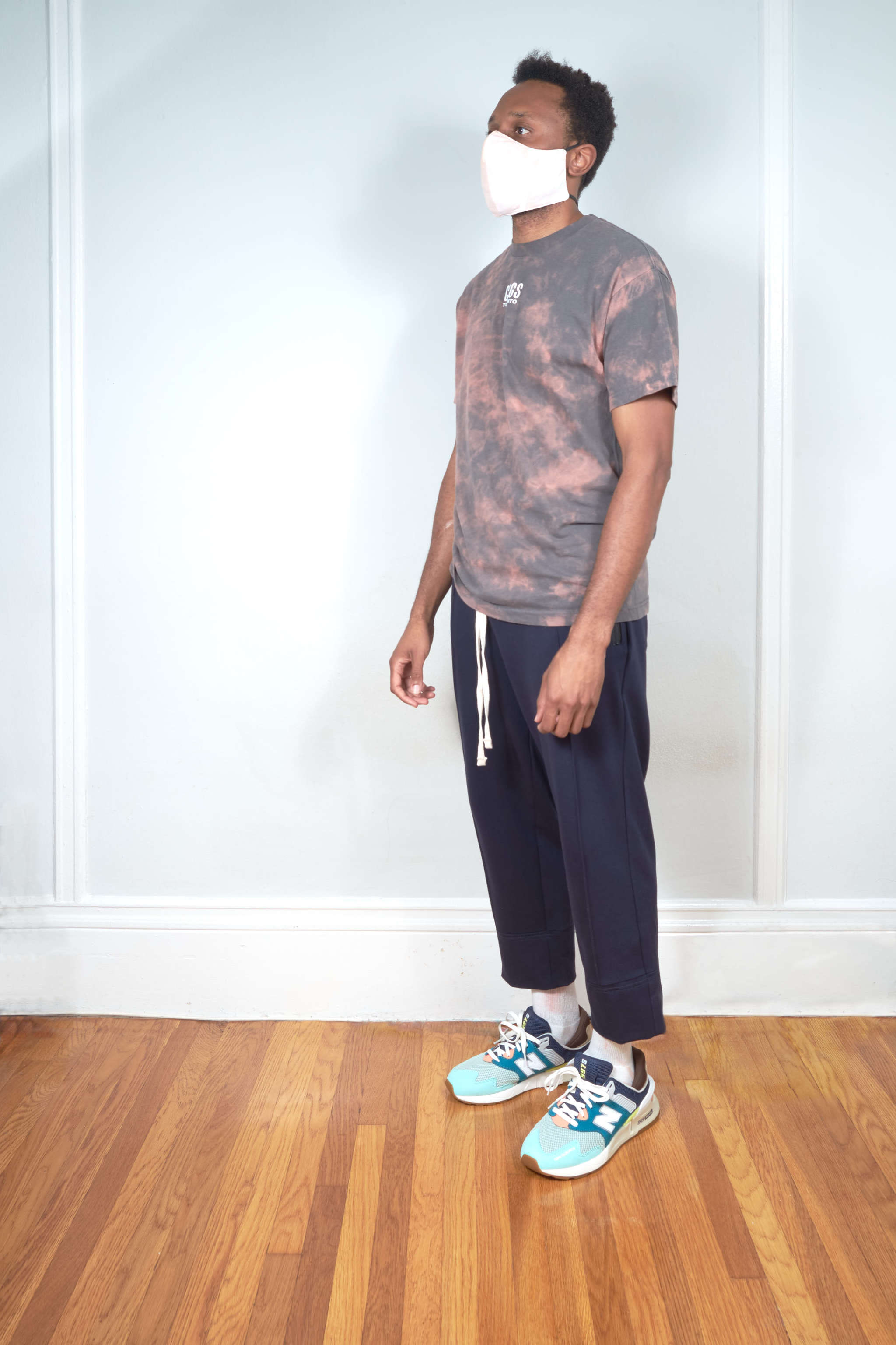 Cogs Shop | The First Summer | Cropped Pin Tuck Pants fit photo
