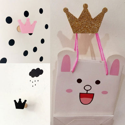 Cute Wooden Crown Wall Hooks