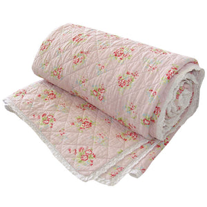 PINK FLORAL KING SIZE QUILT WITH LACE TRIM