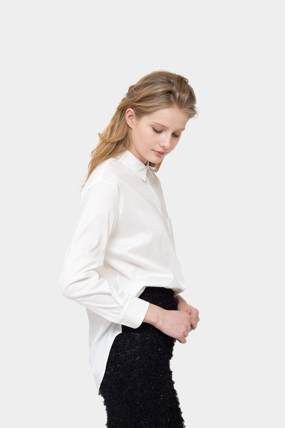 WHITE ABBIE BOYFRIEND SHIRT