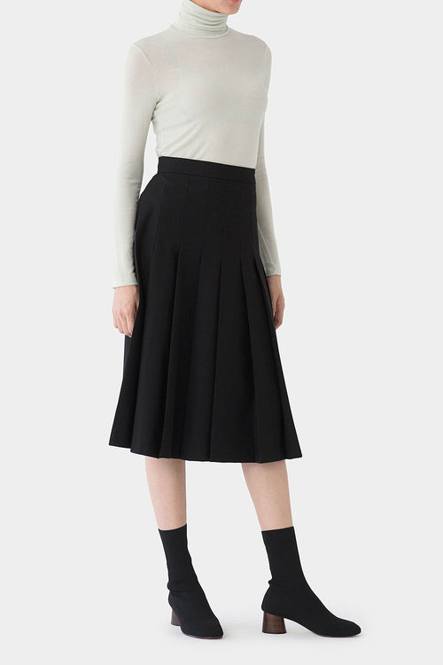 BLACK KADE PLEATED SKIRT