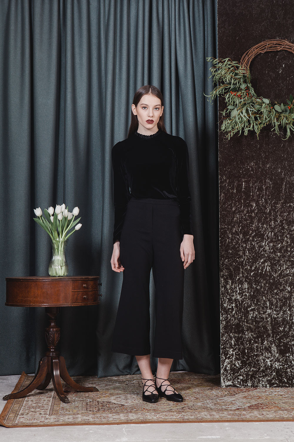 BLACK IVY FLARE PANTS