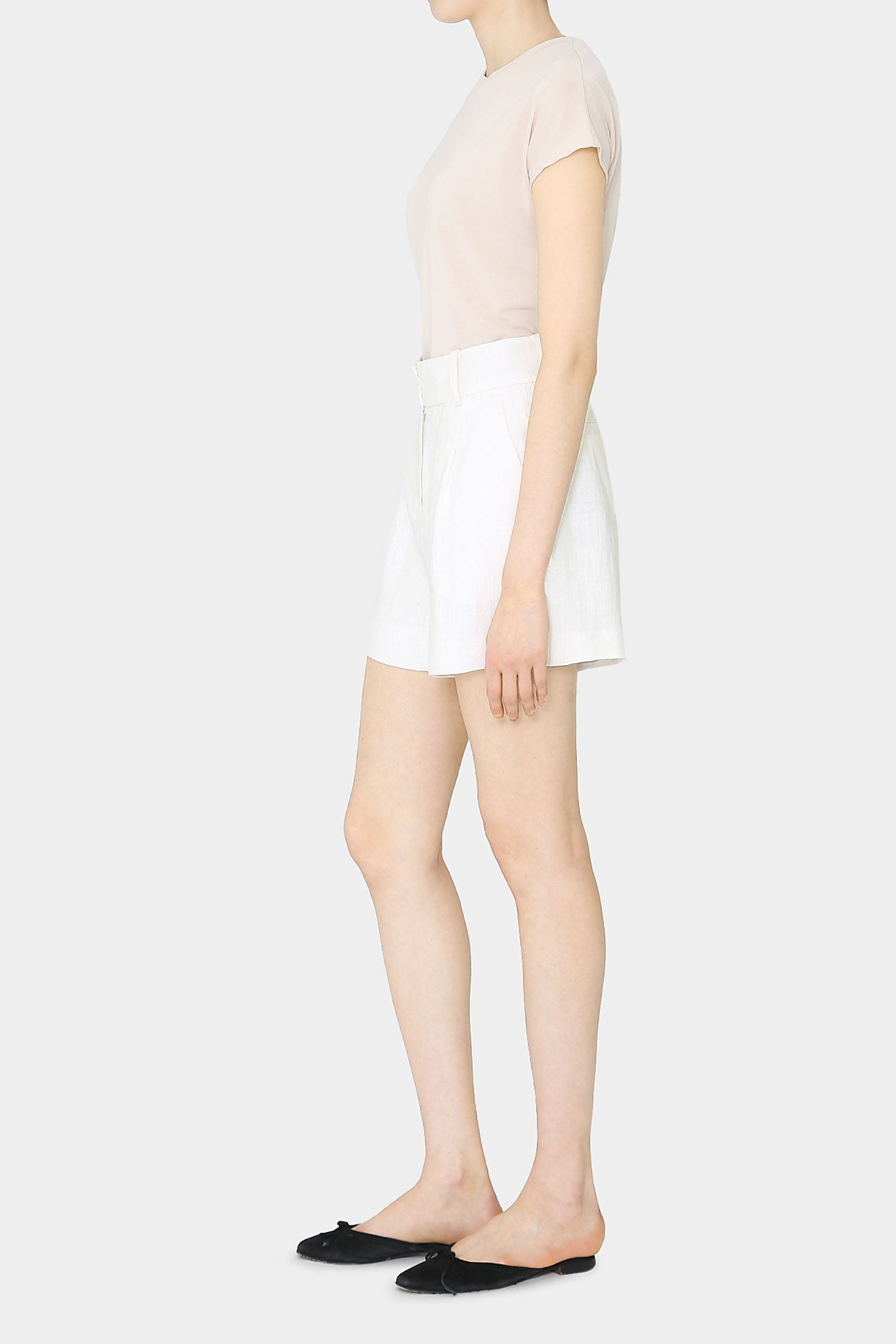 WHITE EVA LINEN TIDY SHORTS