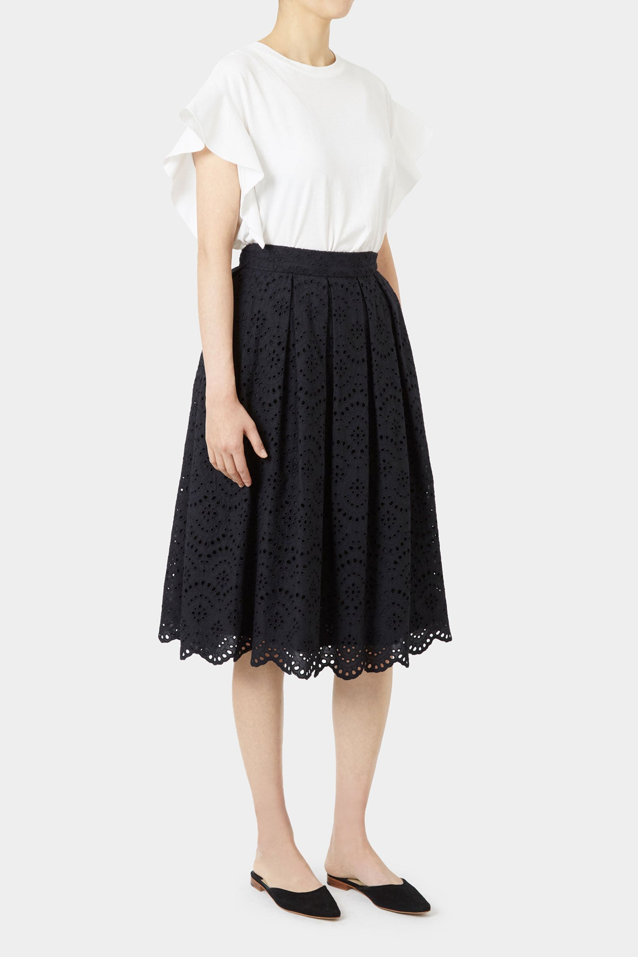 BLACK PAULA LACE SKIRT