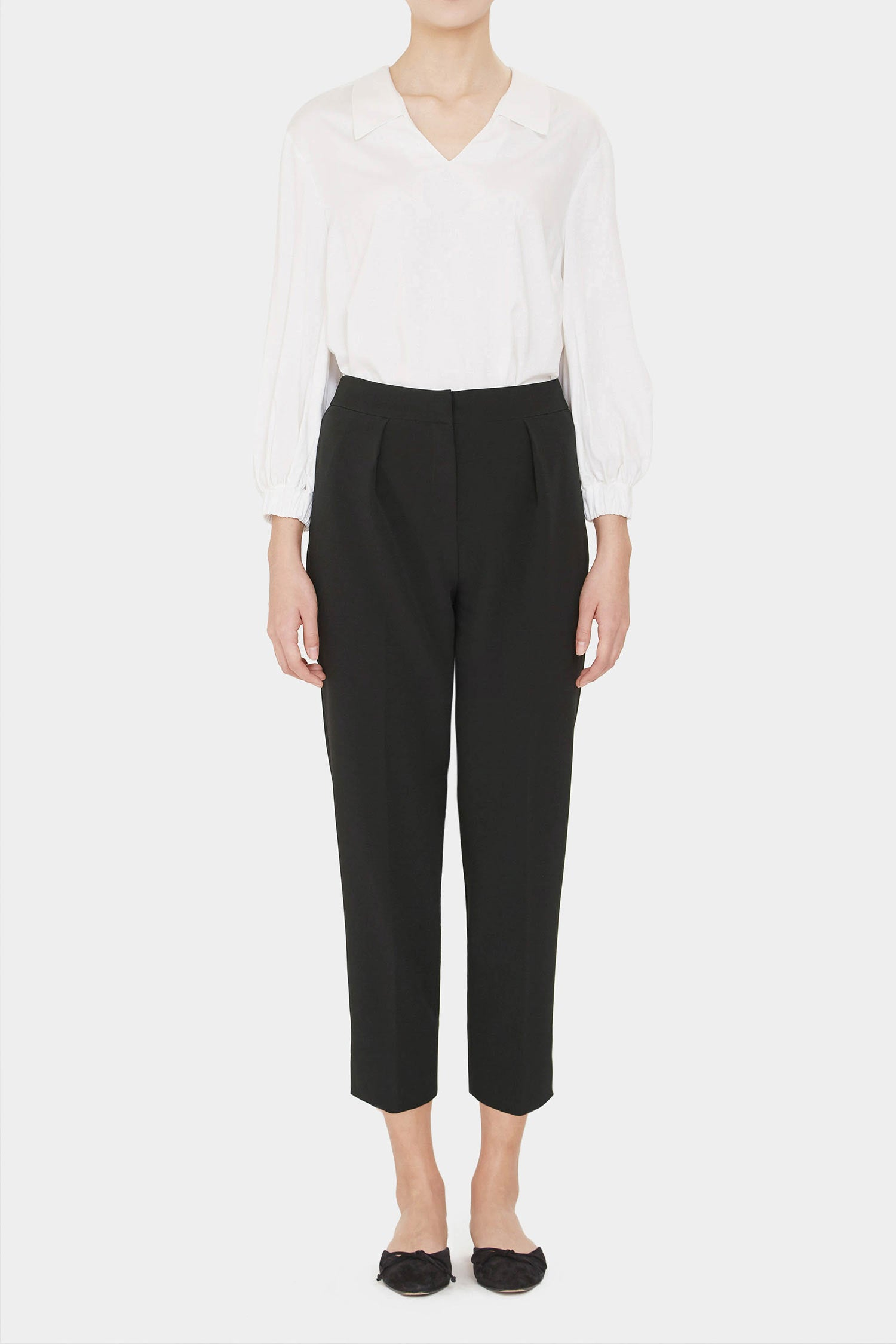 BLACK GABBY HIGH RISE PLEATED PANTS
