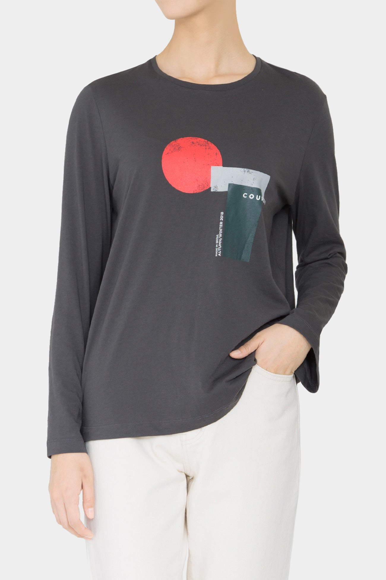 VERSION 1 - CHARCOAL PRINTED LIO BELLSLEEVE T-SHIRT