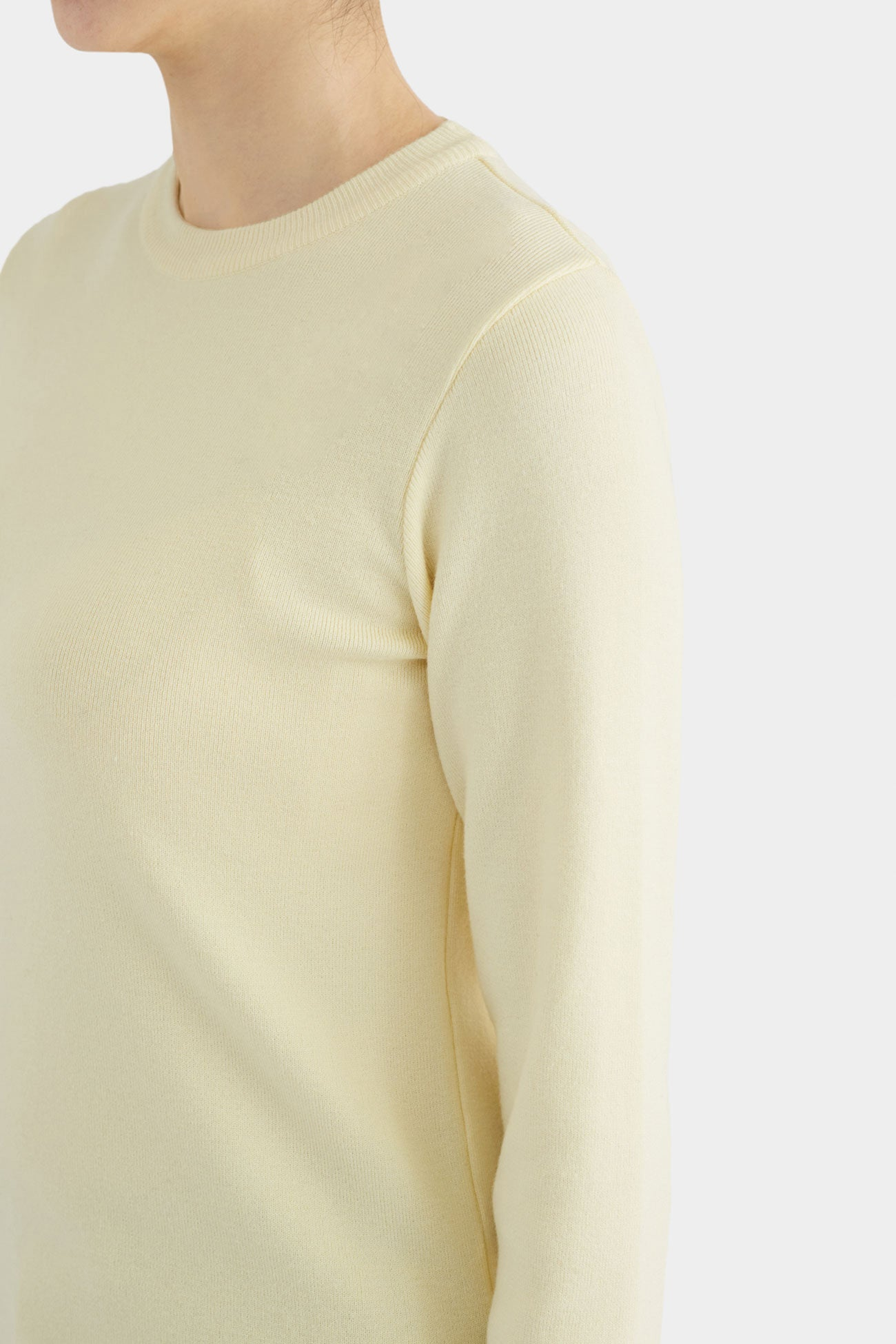 BANANA MAUD SIMPLE CREWNECK
