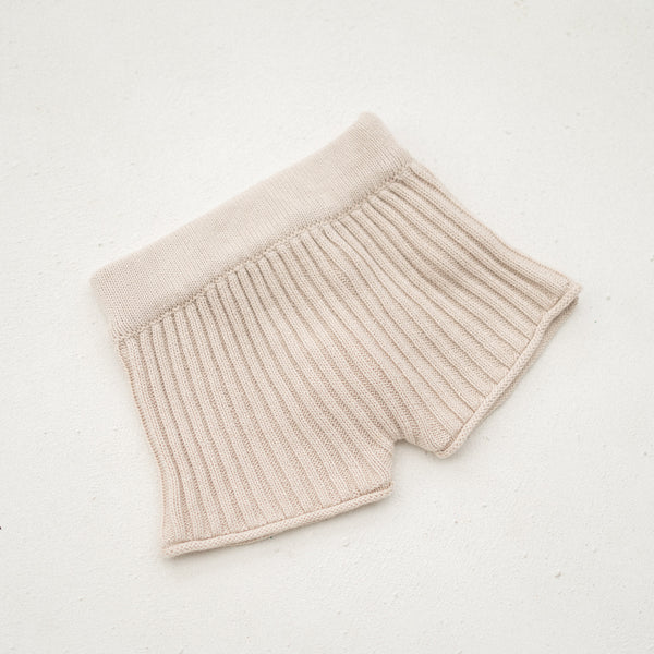 Essential knit shorts | Biscuit