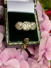 FANTASTIC Victorian Old Cut Diamond Three Stone 18ct Yellow Gold Ring 4.28ct