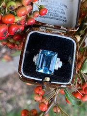 Art Deco Aquamarine and Diamond Platinum Ring 0.35ct + 8.52ct Aquamarine