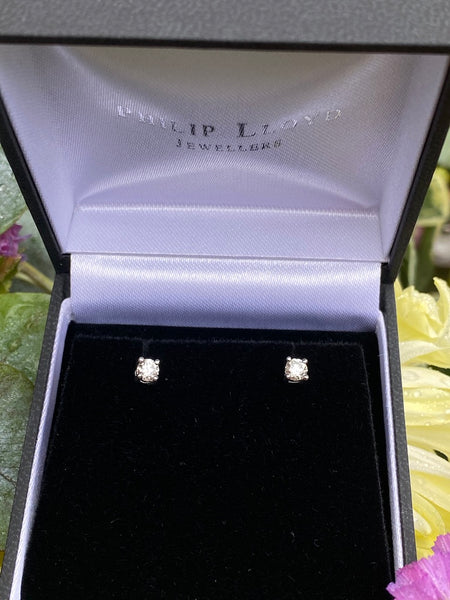 0.40ct Diamond Stud Earrings 4 Claw 18ct White Gold