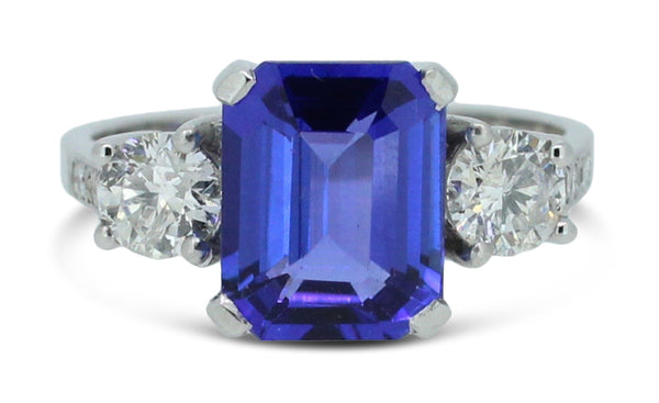 Stunning 3.13ct Tanzanite and 0.67ct Diamond Three Stone Ring Platinum