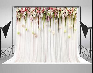 Outdoor wedding party photography backdrop