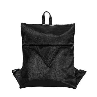 Zendigi's Mini Lucy bags are hand made backpacks from high quality faux leather. urban design 100% vegan. A girl wearing Black Paris Mini Lucy in Tel Aviv