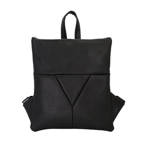Zendigi's Mini Lucy bags are hand made backpacks from high quality faux leather. urban design 100% vegan. A girl wearing Classic Black Mini Lucy in Tel Aviv