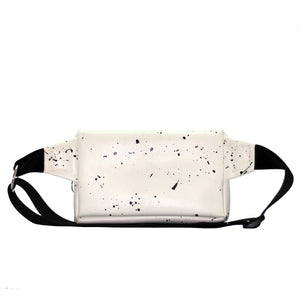 Zendigi. Unisex hand made Zipplebag urban design 100% vegan. A girl wearing Dalmatian Zipplebag in Tel Aviv