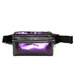 Zendigi. Unisex hand made Zipplebag urban design 100% vegan. A girl wearing Purple Hologram Zipplebag in Tel Aviv