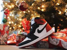 Best Christmas Gifts For That One Sneakerhead We All Know!