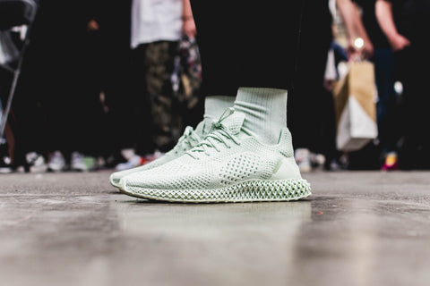 reputable site 23871 2f4b5 Our favourite sneakers spotted at Crepe City Fall 2018 ...