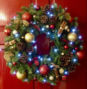 Decoration your Christmas Wreath