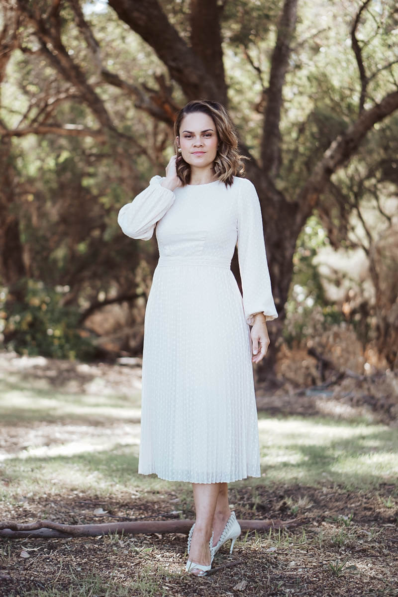 Meghan Pleated MIDI - Cream