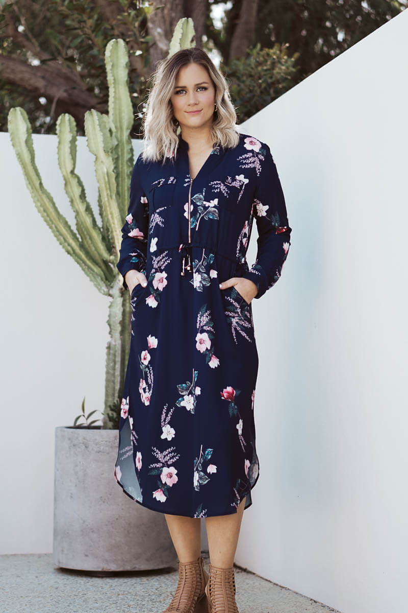 Janet Navy Floral