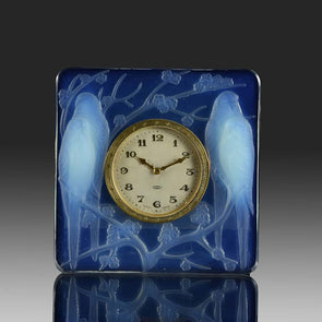 Inséparables Clock by Rene Lalique
