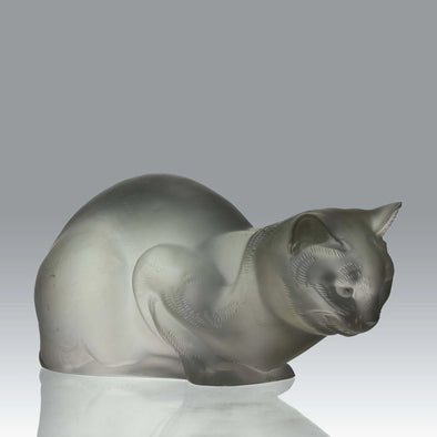 """Chat Reposé"" by Marc Lalique"