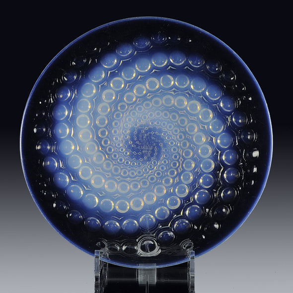 """Volutes Assiette"" by René Lalique"
