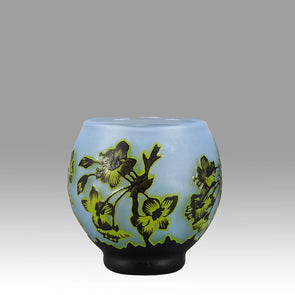 Degue Cameo Flower Vase