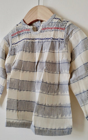 Long-sleeves stripe top