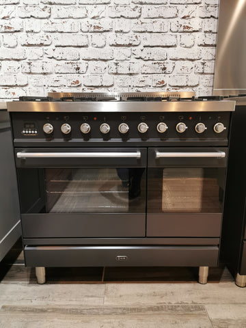ILVE Moderna 90cm Dual Fuel 6 burner Range Cooker in Matt Black * * Ex-showroom * *