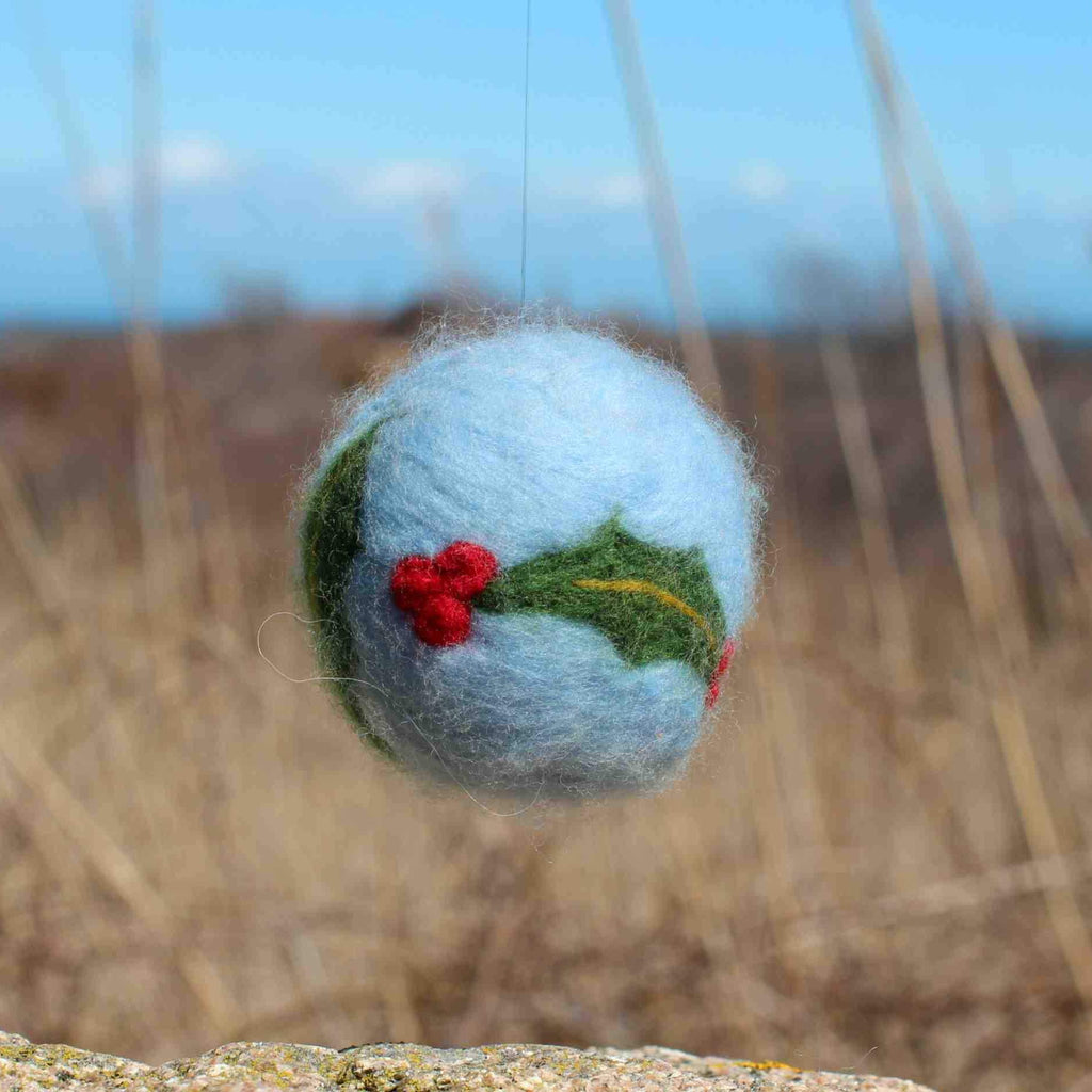 Holiday Ornament Felting Kit