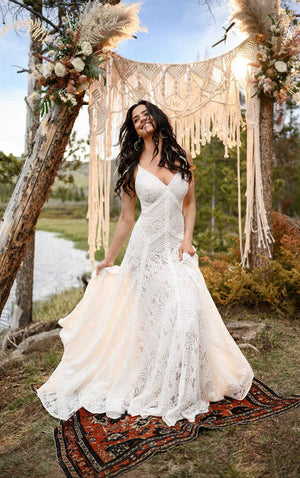 REECE | All Who Wander - Bridal Brilliance