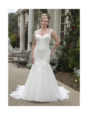 VW8811 | HIRE GOWN $850 - Bridal Brilliance